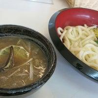 Foto tomada en つけ鴨うどん 鴨錦 千代田店 por takeet el 7/7/2013