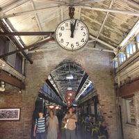 6/3/2013 tarihinde Anna E.ziyaretçi tarafından Chelsea Market'de çekilen fotoğraf
