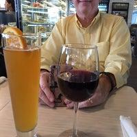 Foto tomada en Cascata Restaurant & Bar por Cheryl K. el 10/5/2015