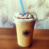 Das Foto wurde bei Cotta Coffee von Gunes O. am 5/21/2013 aufgenommen