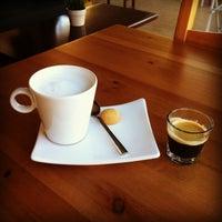 Foto tirada no(a) Cotta Coffee por Gunes O. em 11/4/2013