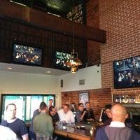 5/25/2013 tarihinde Xander H.ziyaretçi tarafından JR's Bar & Grill'de çekilen fotoğraf