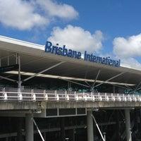 Снимок сделан в Brisbane Airport International Terminal пользователем Jennifer T. 3/26/2013