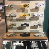 buy online 1e53a ca9f9 Onitsuka Tiger Shop - ปทุมวัน - Zen Central World