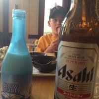 Foto scattata a Sushi Tora da Daniel S. il 8/5/2013
