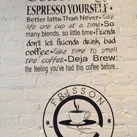 Снимок сделан в Frisson Espresso пользователем Rose T. 6/14/2015
