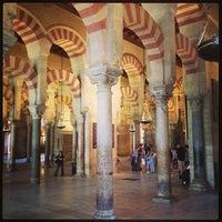 4/19/2013 tarihinde Alex C.ziyaretçi tarafından Mezquita-Catedral de Córdoba'de çekilen fotoğraf