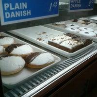 3/10/2013에 Marilyn T.님이 Leske's Bakery에서 찍은 사진