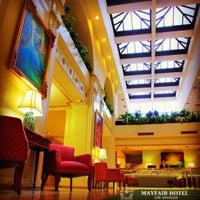 Снимок сделан в The Mayfair Hotel пользователем The Mayfair Hotel 7/30/2014
