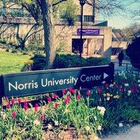 Das Foto wurde bei Norris University Center von Claire L. am 5/8/2013 aufgenommen