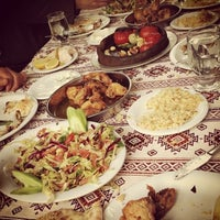 4/23/2013 tarihinde Seda Erdoğanziyaretçi tarafından Dalakderesi Restaurant'de çekilen fotoğraf