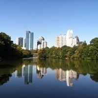 รูปภาพถ่ายที่ Piedmont Park โดย Marce_AZ เมื่อ 11/30/2012