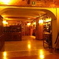Foto scattata a Pizzeria Al Ponte da Mo I. il 11/4/2013