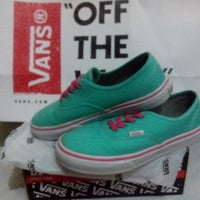 vans boutique cebu
