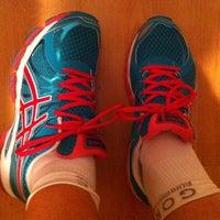 Foto tomada en Running Company Madrid por Gabi H. el 9/10/2013