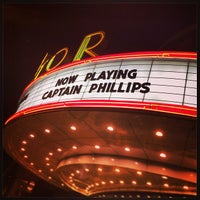 Foto diambil di The Senator Theatre oleh Tom R. pada 10/12/2013