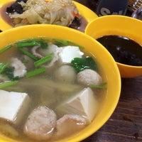 9/25/2013にJo C.が正正文記豬雜湯   Authentic Mun Chee Kee KING of Pig's Organ Soupで撮った写真