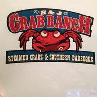 Foto diambil di S & J Crab Ranch oleh Nikki S. pada 3/20/2013