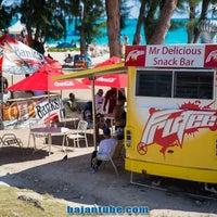 Foto scattata a Mr. Delicious Snack Bar da Mr. Delicious Snack Bar il 4/6/2014