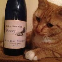 11/30/2015 tarihinde Barnstormer Wineryziyaretçi tarafından Barnstormer Winery'de çekilen fotoğraf