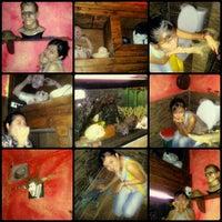 รูปภาพถ่ายที่ แม่มด The Witch Restaurant and Pub โดย Saowapa W. เมื่อ 9/30/2012