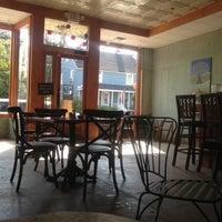 Foto tomada en Cafe Strudel por Matti R. el 9/17/2012