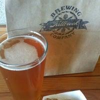 รูปภาพถ่ายที่ Fallbrook Brewing Company โดย Martin H. เมื่อ 6/1/2014