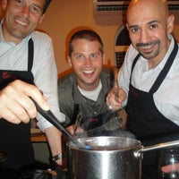 Foto tomada en Well Done Cooking Classes por Well Done Cooking Classes el 9/16/2013