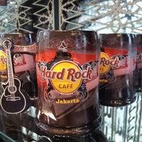 Foto scattata a Hard Rock Cafe Jakarta da emy zulaika h. il 9/28/2013