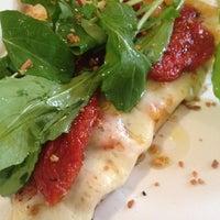 รูปภาพถ่ายที่ O Pedaço da Pizza โดย Aline B. เมื่อ 10/19/2012