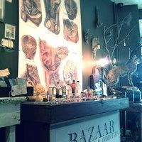 Foto scattata a Bazaar da Bazaar il 12/16/2013