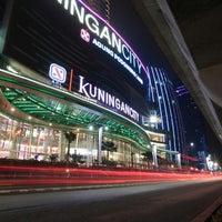 รูปภาพถ่ายที่ Kuningan City โดย Kuningan City เมื่อ 9/17/2013
