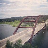 Снимок сделан в 360 Bridge (Pennybacker Bridge) пользователем Jason H. 6/10/2013