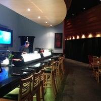 Photo prise au The Sushi On Sunset par Adriana G. le9/17/2013