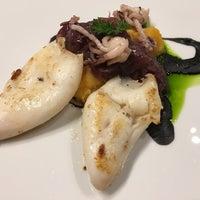 Foto diambil di Restaurante Pombo 18 oleh Carlos Elipe (Chilipe) I. pada 12/17/2015