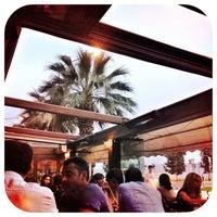 5/18/2013 tarihinde Doorsteppingziyaretçi tarafından Cafe La Vie'de çekilen fotoğraf