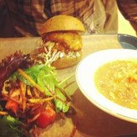 11/2/2012 tarihinde Diana M.ziyaretçi tarafından Sandwich Me In'de çekilen fotoğraf