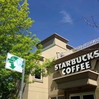 Das Foto wurde bei Starbucks von Kate K. am 5/4/2013 aufgenommen