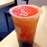 Foto tirada no(a) CoCo Fresh Tea & Juice por Kate K. em 11/18/2013