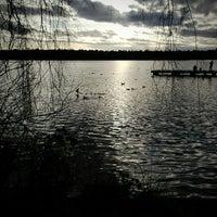 Das Foto wurde bei Green Lake Park von Kate K. am 3/6/2013 aufgenommen