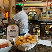 Das Foto wurde bei Hay Caramba! Restaurant and Cocktail Bar von Bruce L. am 6/21/2019 aufgenommen