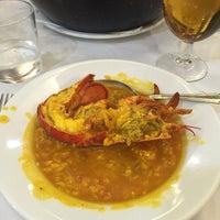 Foto tirada no(a) Carlos Tartiere Restaurante Sidrería por Ernesto P. em 7/3/2016
