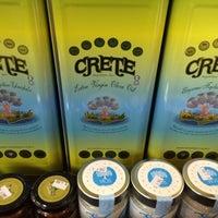 Das Foto wurde bei Greek International Food Market von Silvia V. am 10/1/2014 aufgenommen