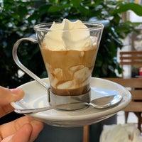รูปภาพถ่ายที่ Ideal Caffé Stagnitta โดย Lee M. เมื่อ 9/27/2018