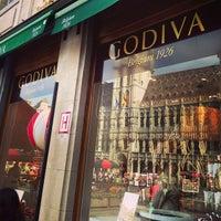 Photo prise au Godiva par Dai Y. le7/23/2013