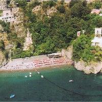 Foto tomada en Bagni d'Arienzo Beach Club por Bagni d'Arienzo Beach Club el 9/24/2013