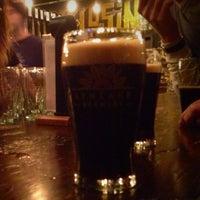 Das Foto wurde bei LynLake Brewery von Tony S. am 11/21/2014 aufgenommen