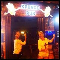 Photo prise au Sponge Pub par Katherine K. le10/1/2013