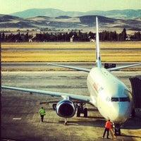 9/29/2013 tarihinde İlknur C.ziyaretçi tarafından Ankara Esenboğa Havalimanı (ESB)'de çekilen fotoğraf