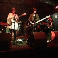 Foto tirada no(a) Triple Rock Social Club por Jon G. em 6/9/2013